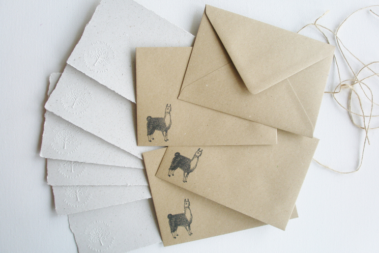 llama letter papers
