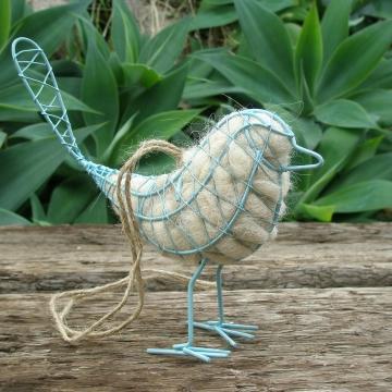 5 x Blue Bird Nester, Wire Birds with Natural Nesting Material, Little Blue Bird, Backyard Bird, Nesting Supplies, Ornamental Bird, Eco Gift