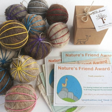 Nature Award and Bird Nester, Bird Nesting Fibre, Wildlife Nesting Material, Garden Decoration, Eco Friendly Gifts, Environment Certificate