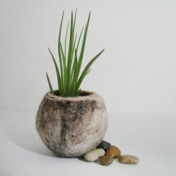 Llama Fibre Vessel. Gift boxed, Felt Vessel. Felt Pod / Felted bowl / Organizer, Rustic Decor