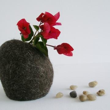 Hooded Vase, Llama Fiber Vase, Small Vase, Flower Vase, Animal Hair, Felt Pod Vase, Brown Vase, Hidden Vase, Rustic Home Decor, Llama Gifts