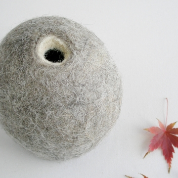 Bud Vase, Llama Fiber, Hidden Vase, Hooded Vase, Concealed Vase, Felt Pod Vase, Small Grey Vase, Minamalist Vase, side table Decor, Organic