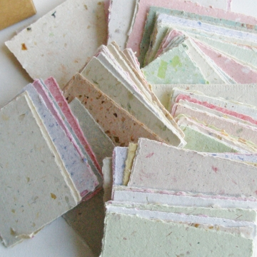 Lunch Box Notes, Love Notes, Message Paper for Mum, Box of Hand-made Recycled Paper, 120 Small Hand Torn Pieces, Lunchbox Messages, Obento