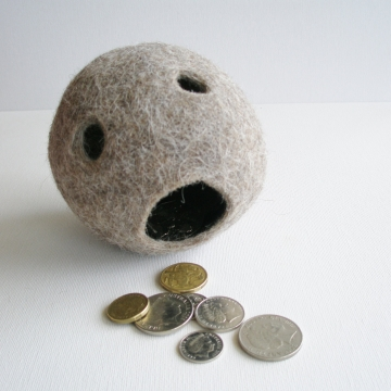 Felt Organiser - Llama Fibre - Soft Organizser - Coin Caddy - Coin Holder - Novelty Catch all - Desk Decor - Novelty Office Accessory