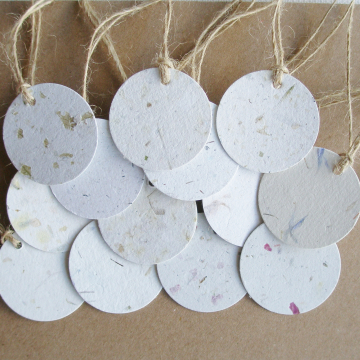 100 Small Round Tags - 3.5cm - Neutral Tones